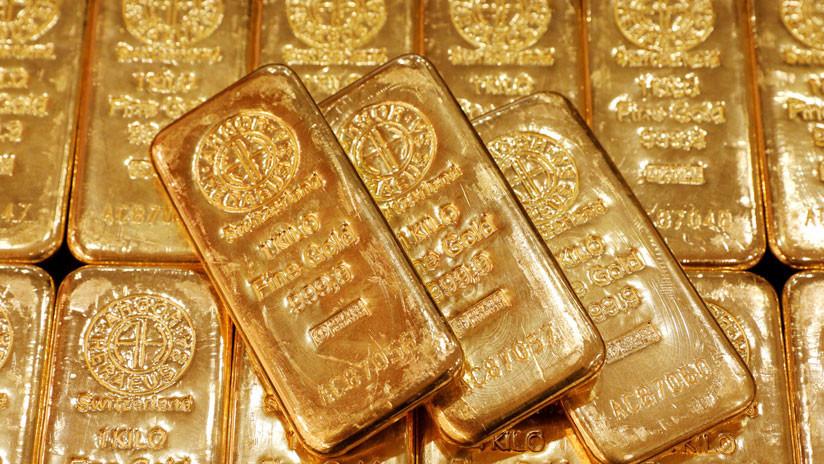 El oro crece y el dólar cae en medio de una guerra comercial entre EE.UU. y China
