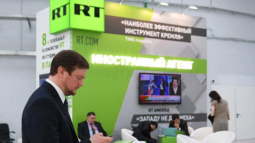 """Redactora jefa adjunta de RT: EE.UU. aplica """"decisiones empresariales especiales"""" contra RT"""