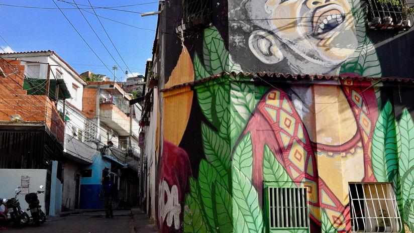 """Los """"locos"""" de San Agustín: Viaje a las entrañas del barrio musical de Caracas"""