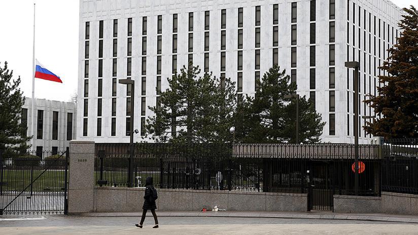 ¿Un paso atrás? EE.UU. afirma que Rusia puede reemplazar a sus 60 diplomáticos expulsados
