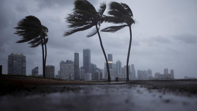 """Tras un año desastroso, en EE.UU. prevén una temporada de huracanes """"más activa de lo habitual"""""""