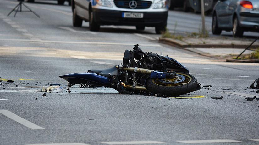 VIDEO: Diplomático estadounidense ebrio ignora la luz roja y atropella mortalmente a un motociclista
