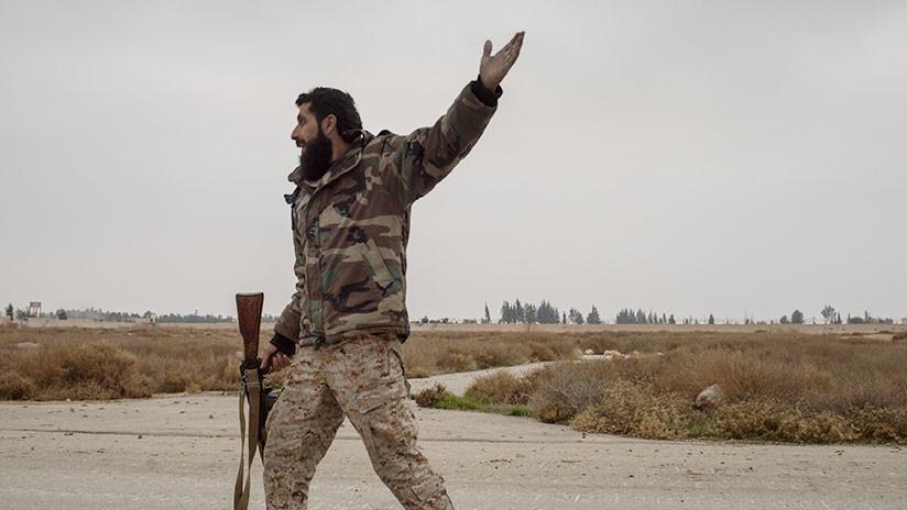 El Estado Islámico ataca posiciones sirias tras el bombardeo contra una base aérea en ese país