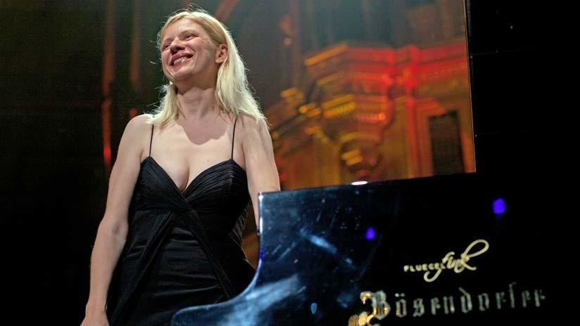 """""""Cancelaron mi concierto por ucraniana"""": Una famosa pianista es perseguida por polémicas políticas"""
