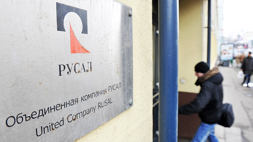 Desplome en la Bolsa de Moscú: el mayor fabricante ruso de aluminio anuncia incumplimientos