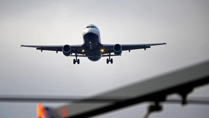 """Autoridades europeas de aviación alertan a aerolíneas del riesgo de """"ataques aéreos contra Siria"""""""