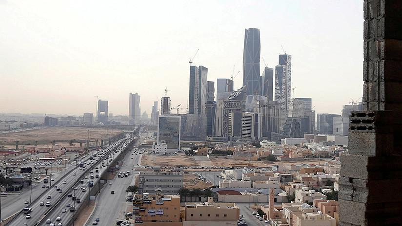 Arabia Saudita confirma la intercepción de un misil tras reportes de explosiones en Riad (VIDEO)