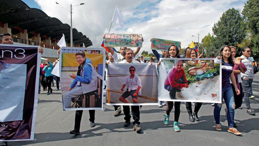 Ecuador investiga la presunta muerte de los tres periodistas ecuatorianos secuestrados por las FARC