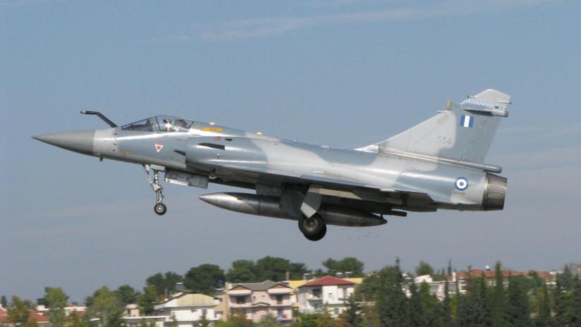 Se estrella un avión militar griego tras interceptar aeronaves turcas