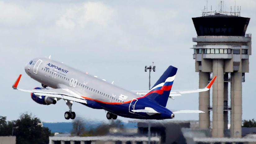 Moscú: Autoridades aeronáuticas británicas se disculpan por registro de un avión comercial ruso