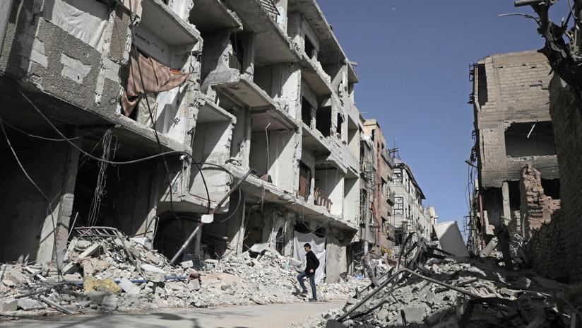 """FUERTES FOTOS: Periodista de BBC, obligado a borrar un tuit sobre las """"puestas en escena"""" en Siria"""