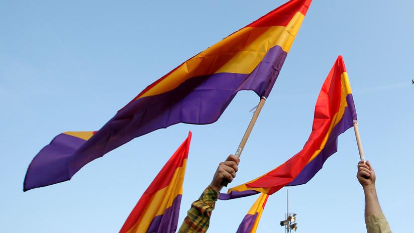 España: La imagen de la monarquía en el aniversario de la Segunda República