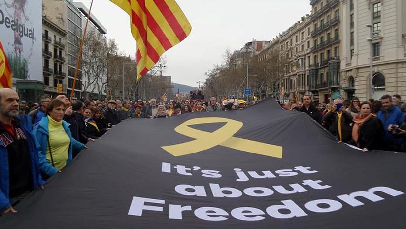 VIDEO: Multitudinaria manifestación en Barcelona por la liberación de políticos presos