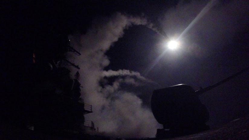 PRIMERAS IMÁGENES: Así fue el ataque con misiles contra la provincia siria de Homs