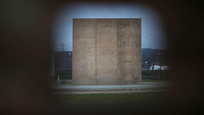 VIDEO: Un boxeador mexicano 'derriba el muro' de Trump