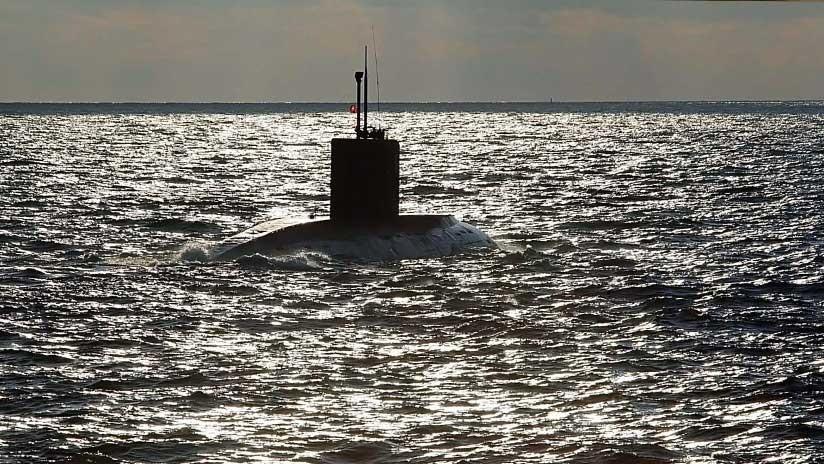 """""""Agujeros negros"""" rusos persiguieron bajo agua a un submarino británico cerca de Siria"""