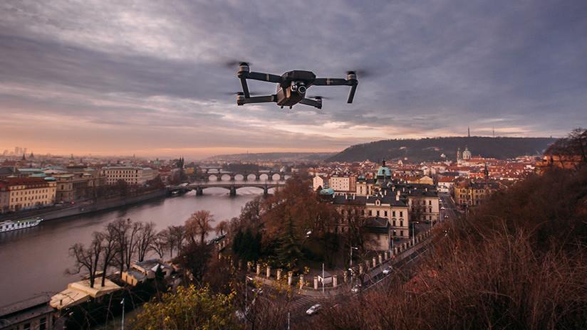 VIDEO: Un dron capta un 'jinete fantasma' cabalgando por un antiguo castillo inglés