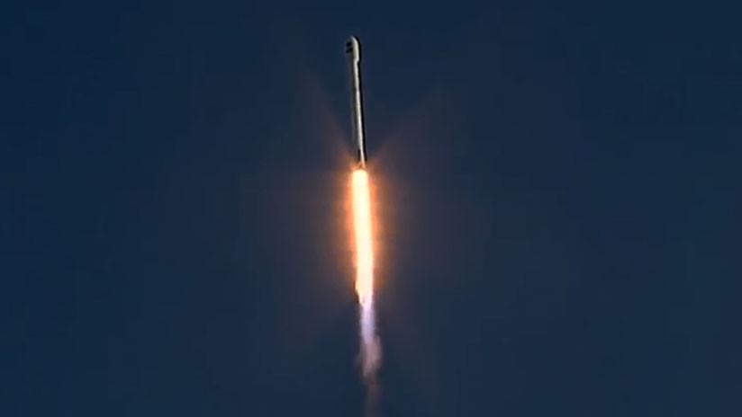 Space X ha lanzado con éxito al espacio 'el cazador de planetas' de la NASA