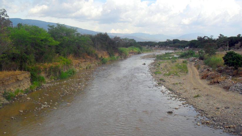 Cuatro personas mueren ahogadas al cruzar un río que separa Venezuela de Colombia