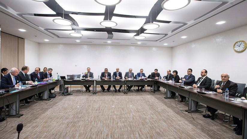 """""""EE.UU., Francia y Reino Unido no solo bombardearon Siria, también las negociaciones de Ginebra"""""""