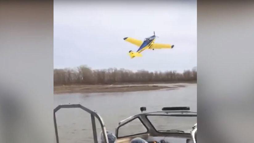 VIDEO: Publican el momento exacto de la caída mortal de una avioneta en Siberia