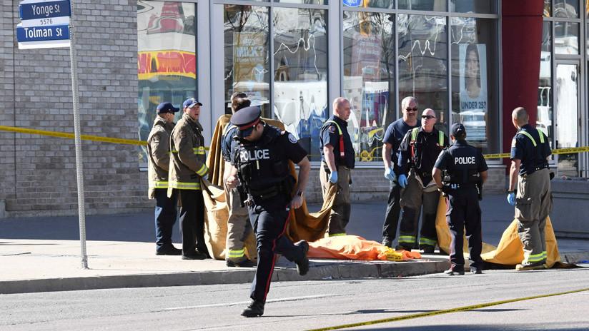 Acusan de 10 cargos de asesinato al sospechoso del atropello de Toronto