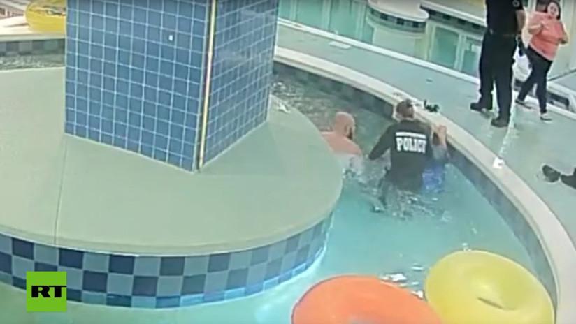 VIDEO: Un niño sobrevive tras ser succionado por una tubería de una piscina en EE.UU.