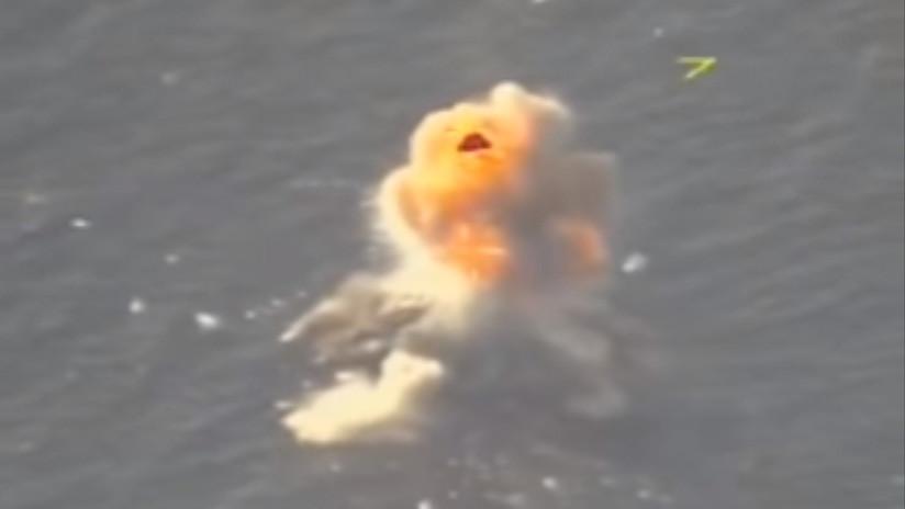 Сaza polivalente ruso Su-30SM habría hundido una fragata cerca de la costa siria (VIDEO)