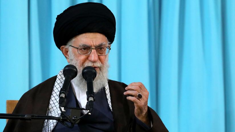 El líder supremo de Irán insta a las naciones musulmanas a unirse contra EE.UU.