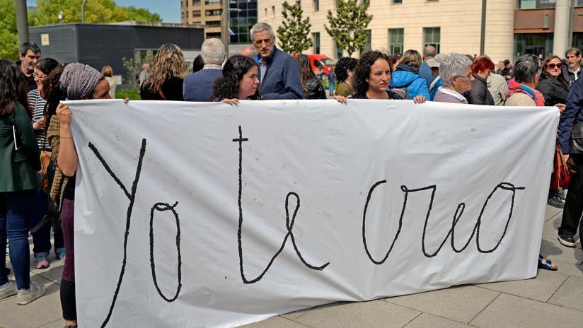 España: 9 años de cárcel para los cinco acusados de una violación grupal en Sanfermines