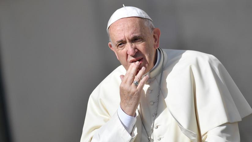 """""""Desenmascarar a la serpiente"""": Papa Francisco compara las 'fake news' con la historia de Adán y Eva"""