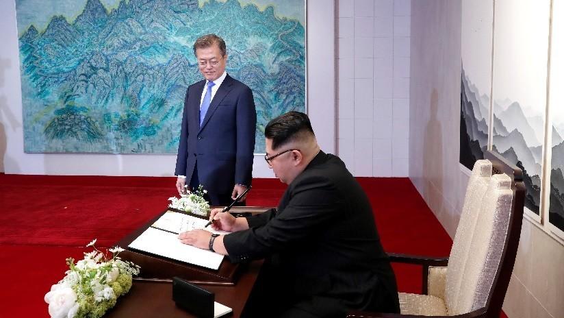 FOTO: Esto es lo que escribió Kim Jong-un en el libro de visitas de la Casa de la Paz