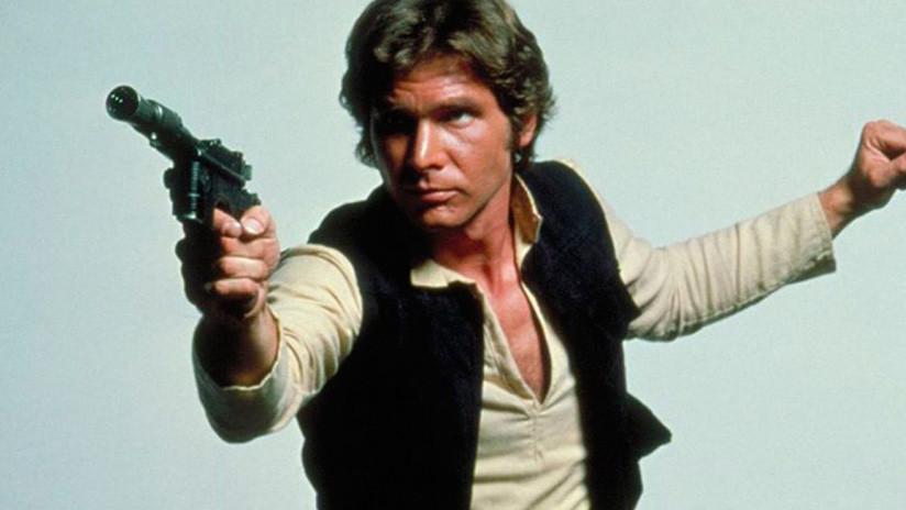 Subastan la icónica pistola de Han Solo en la cinta 'Star Wars: El retorno del Jedi' (FOTO)