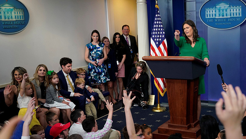 """""""¿Por qué nuestro país bombardeó a otro?"""": Niños exigen que EE.UU. justifique el ataque a Siria"""