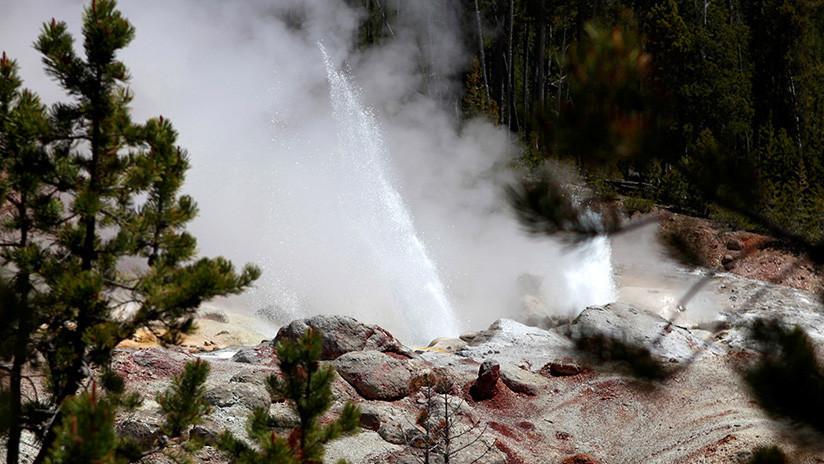 Detectan erupciones inusuales en el géiser activo más grande de Yellowstone