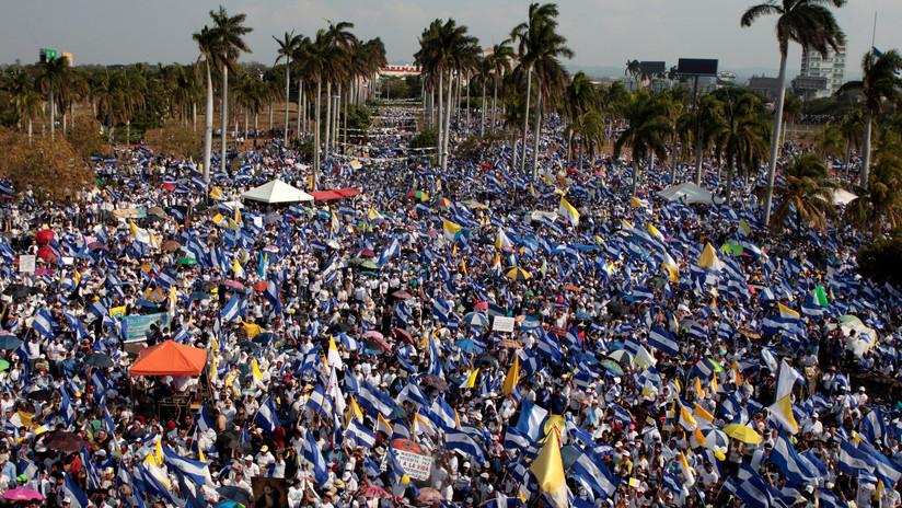VIDEO: Miles de nicaragüenses protestan en Managua, convocados por la Iglesia Católica