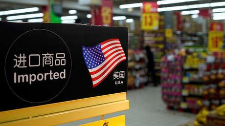 Estantería con productos importados de EE.UU. en un supermercado de Shanghái, el 3 de abril del 2018.