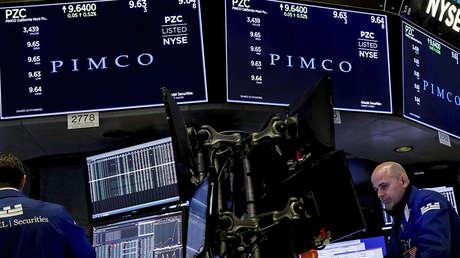 Los datos de cotización de PIMCo en una pantalla de la Bolsa de Nueva York, EE.UU., 5 de abril de 2018.