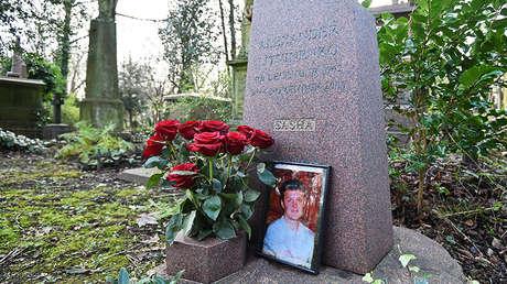 La tumba de Alexánder Litvinenko en el cementerio de Highgate en Londres (Reino Unido), 21 de enero de 2016.