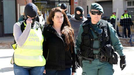 Mujer detenida en Viladecans (Barcelona), por los cortes de carretera y sabotaje de peajes. 10 abril de 2018.