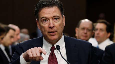 El exdirector del FBI, James Comey, testifica ante el Comité de Inteligencia del Senado sobre la supuesta injerencia rusa en las elecciones de 2016, el 8 de junio de 2017.