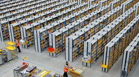 Un centro de reparto de Amazon, Rugeley, Staffordshire, Reino Unido, 11 de diciembre de 2012.