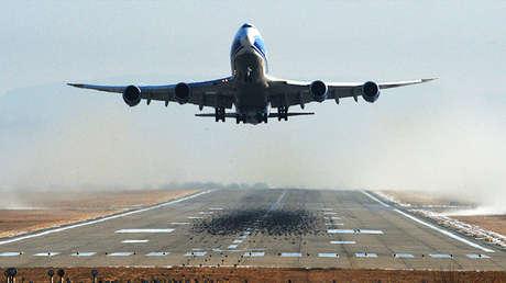 Avión Boeing 747-400F.
