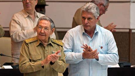 El presidente de Cuba, Raúl Castro, y el vicepresidente, Miguel Díaz-Canel, el 8 de julio de 2016.