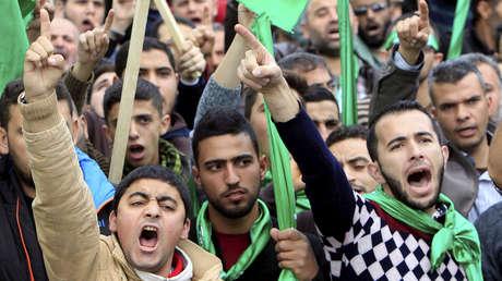 Partidarios de Hamas en un mitin en Nablus, Palestina, el 15 de diciembre de 2017.