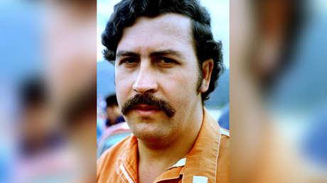 Pablo Escobar, detenido en la prisión de Envigado, Antioquia, desde el 19 de junio de 1991.