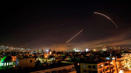 El cielo de Damasco durante el ataque nocturno de EE.UU., Reino Unido y Francia, el 14 de abril de 2018.