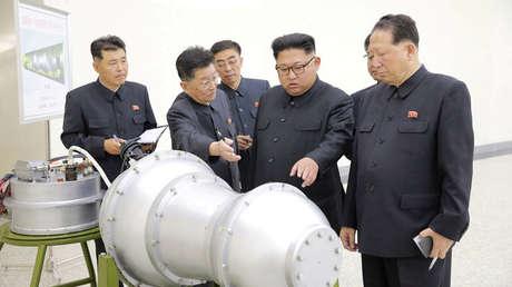 Kim Jong-un se informa sobre un programa de armas nucleares en Pionyang, el 3 de septiembre de 2017.