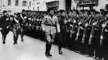 Benito Mussolini en Roma, 1938