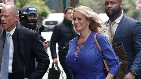 La actriz porno Stormy Daniels llega a  los estudios de ABC en Nueva York, EE.UU., el 17 de abril de 2018.